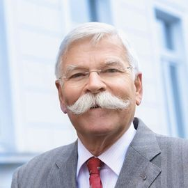 Rechtsanwalt und Notar a.D. Rüdiger Dorn