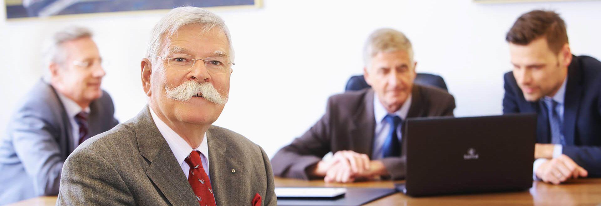 Rechtsanwalt und Notar a.D. Rüdiger Dorn und Kollegen