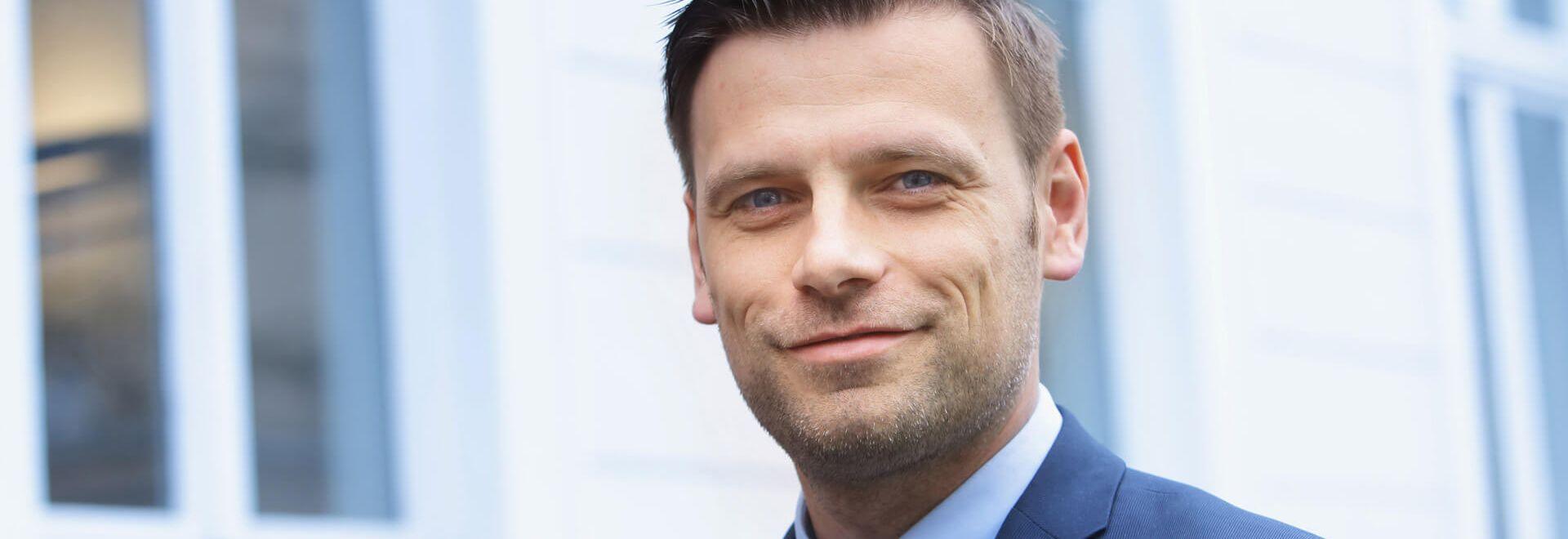 Rechtsanwalt und Notar Niklas Kemper